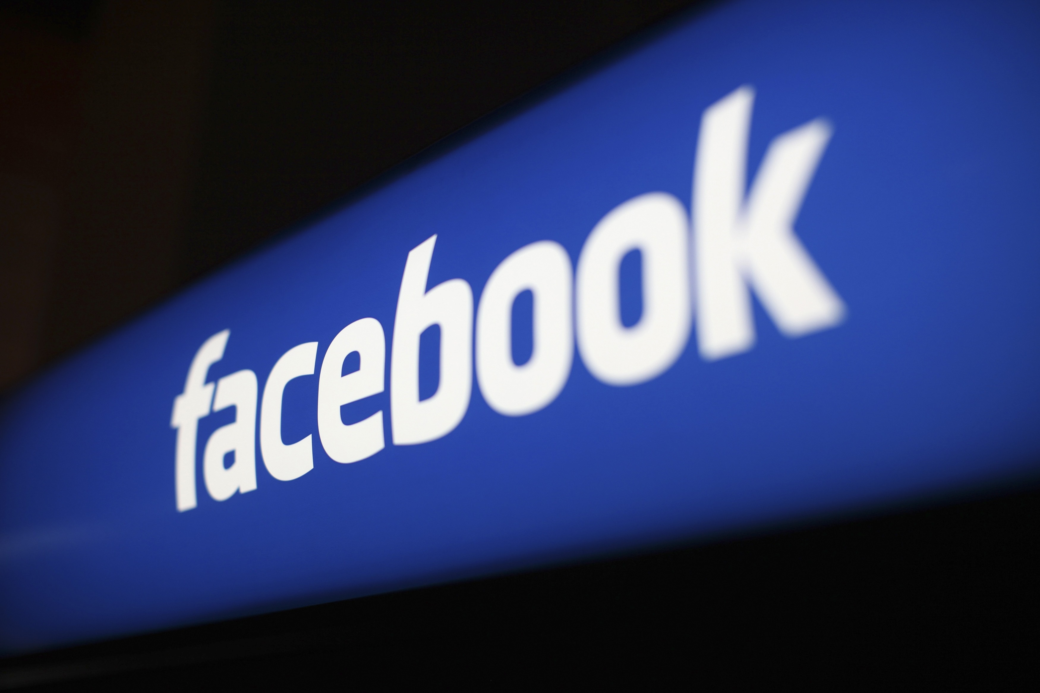 Facebook permitiría recordar viejas publicaciones con palabras claves