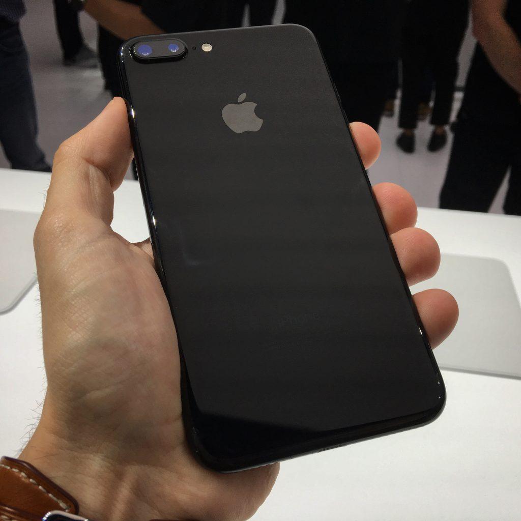 Iphone  Y Plus