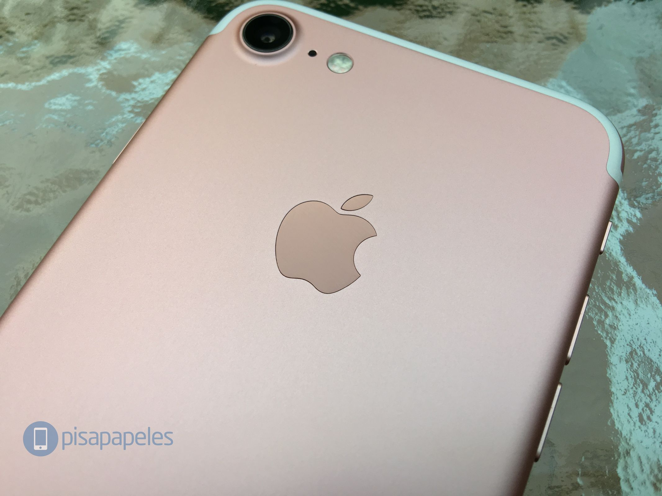 apple-iphone-7-pisapapeles-net_12