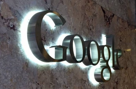 Así festeja 20 años el gigante creado por 2 universitarios — Google