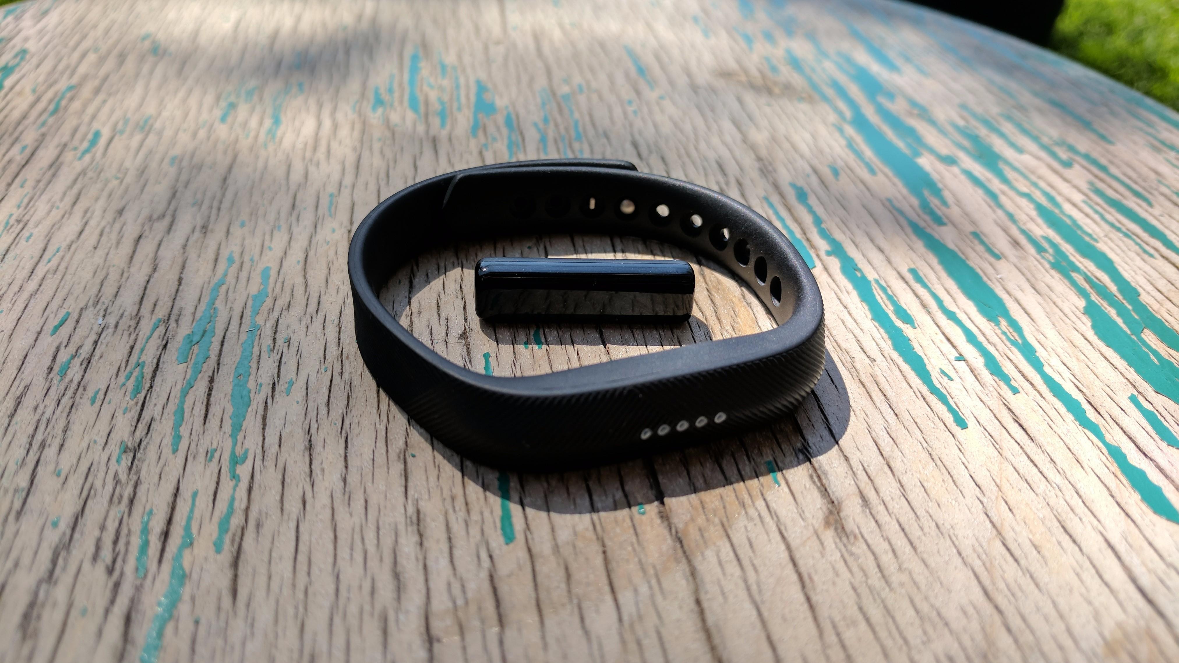 c08b9c5fbe2c Review Fitbit Flex 2