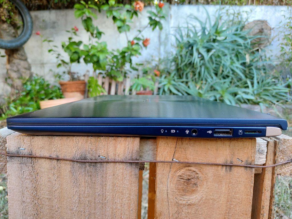 ASUS ZenBook 14 foto 26
