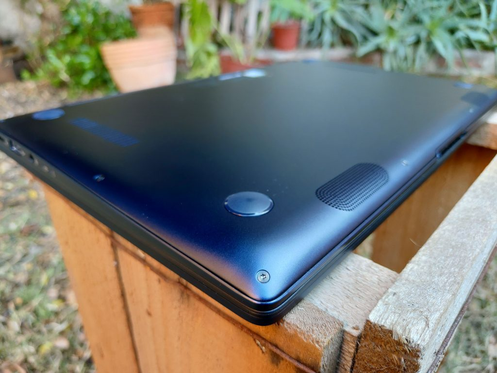 ASUS ZenBook 14 foto 14