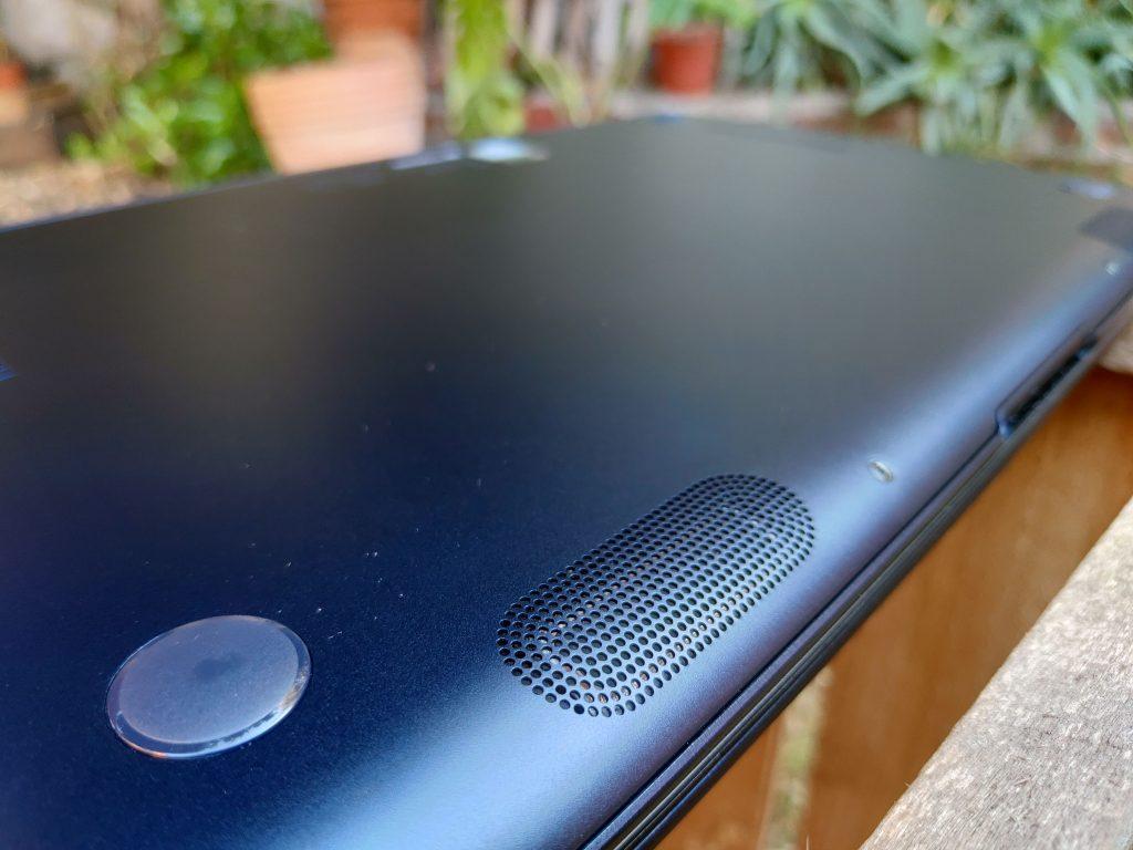 ASUS ZenBook 14 foto 13