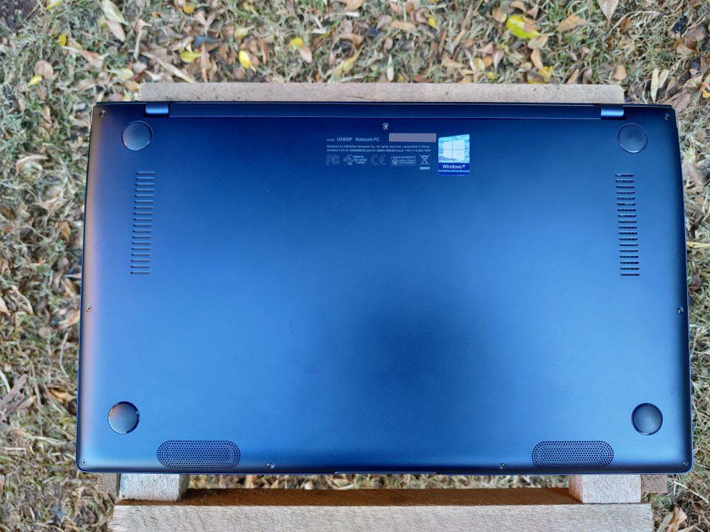 ASUS ZenBook 14 foto 12