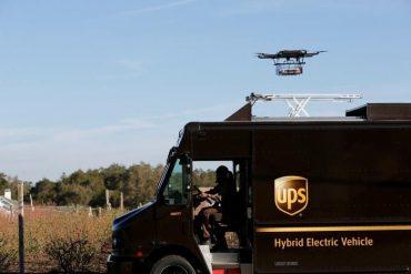 ups servicio drones