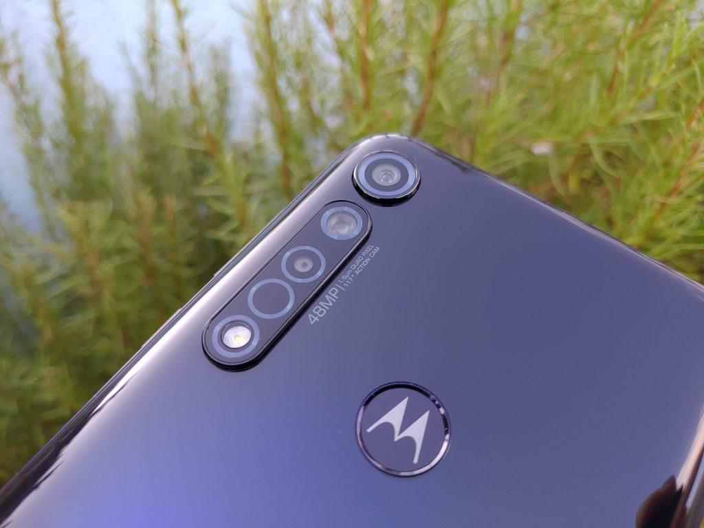 Foto Moto G8 Plus (11)